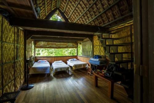 Bali Hut Interior 3 (1280x853)